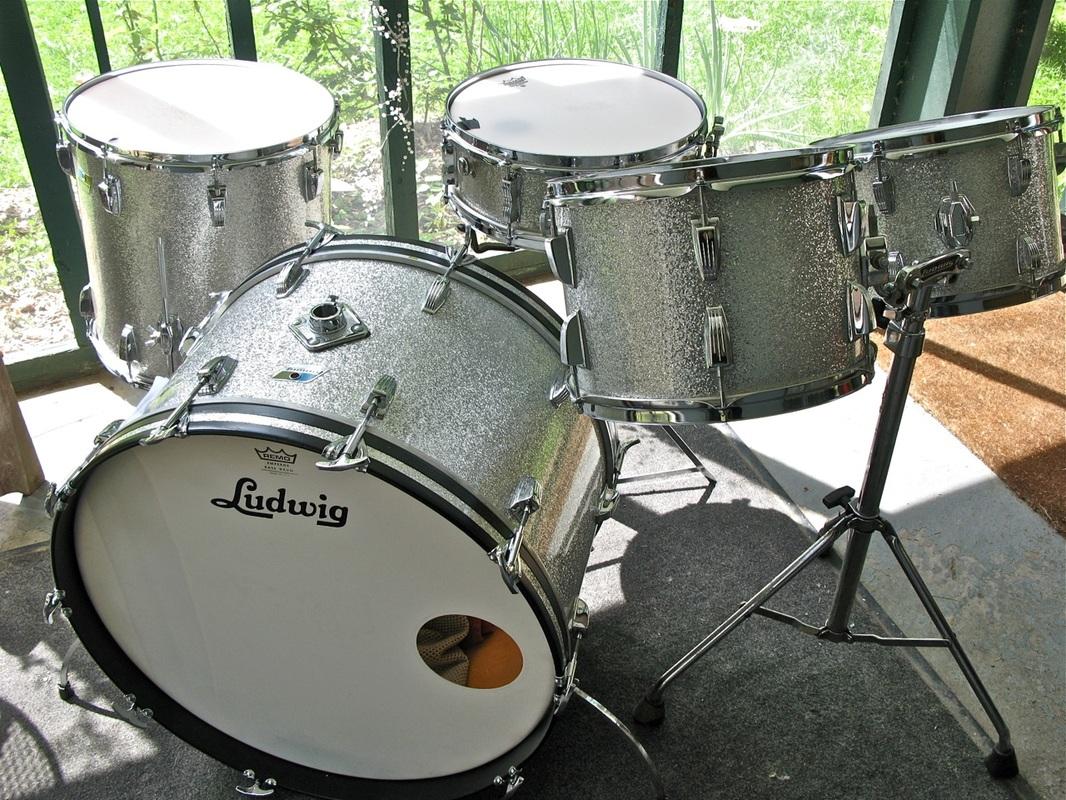 vintage drums for sale. Black Bedroom Furniture Sets. Home Design Ideas